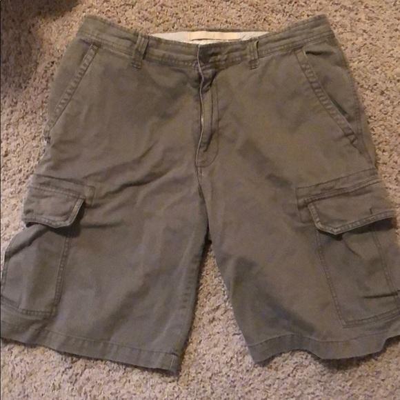 navy mens shorts